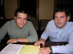 Dr. Jose Conejo-Garcia (right) with graduate student Juan Cubillos-Ruiz  (Photo Source:  Dartmouth Medical School News Release,